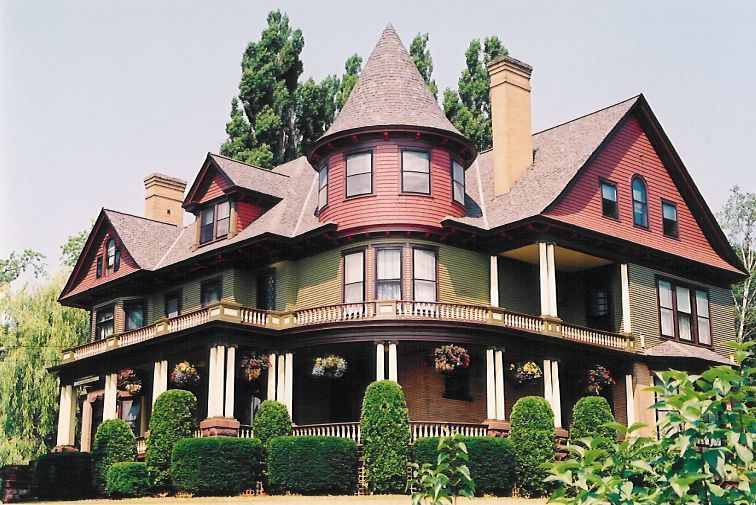 Queen Anne - dainty railing detail and elegant roofline