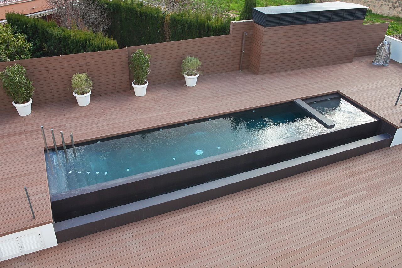 Piscina Y Terrazas Comunitarias A Mini Pool Is Quickly Set Up Often Surprisingly Cheap And In 2020 Pool Patio Designs Pool Landscape Design Garden Swimming Pool