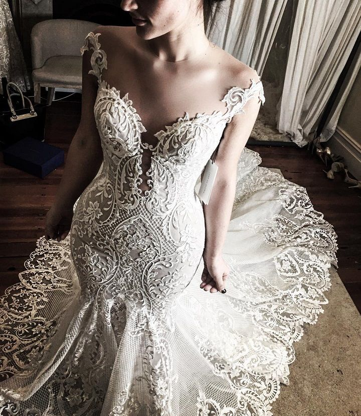 elegant wedding dress #weddinggown #weddingdress #weddingdresses #bridaldress #bride #finalfitting