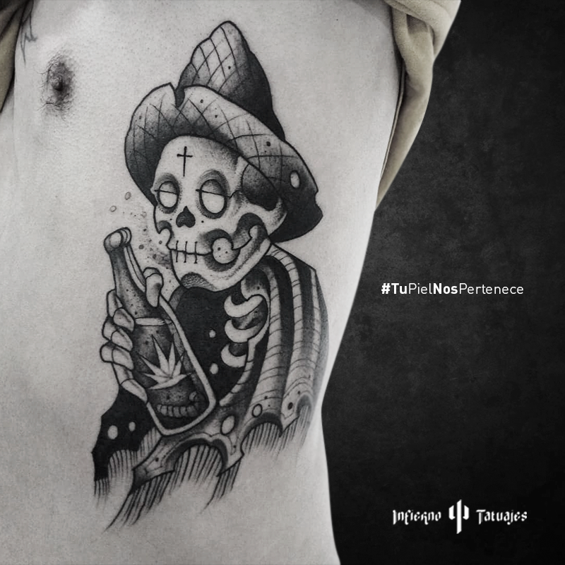 Tatuaje Calavera Tomando Borracho Blackwork Skull Calavera