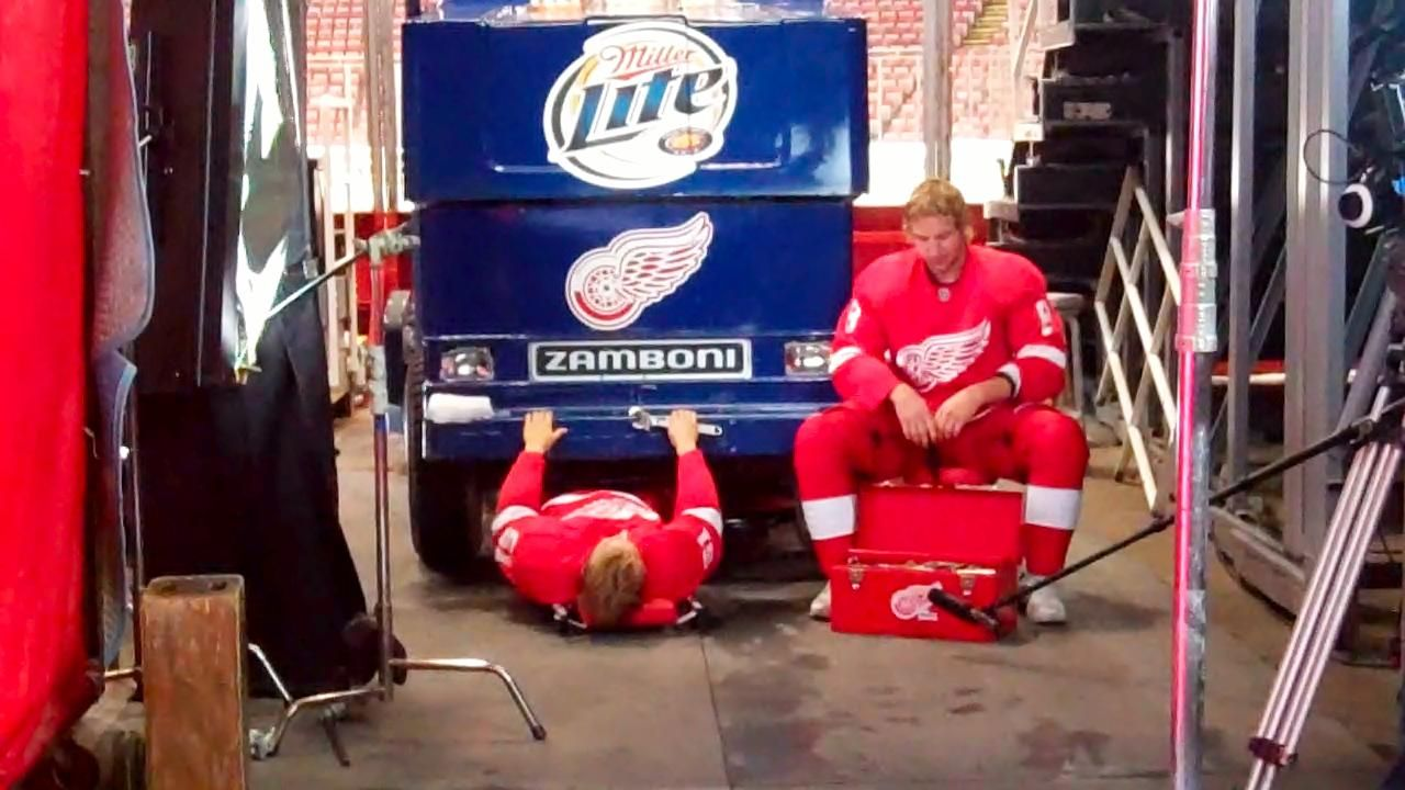 Filming the 201112 TV commercial. Detroit red wings, Tv