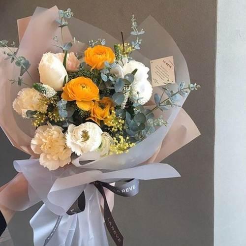 اجمل صور بوكيه ورد كبير و صغير و فرنسي اجمل الالوان و الصور فوائد زراعة الورد صور اجمل 15 بوكيه و How To Wrap Flowers Flowers Bouquet Gift Flowers Bouquet