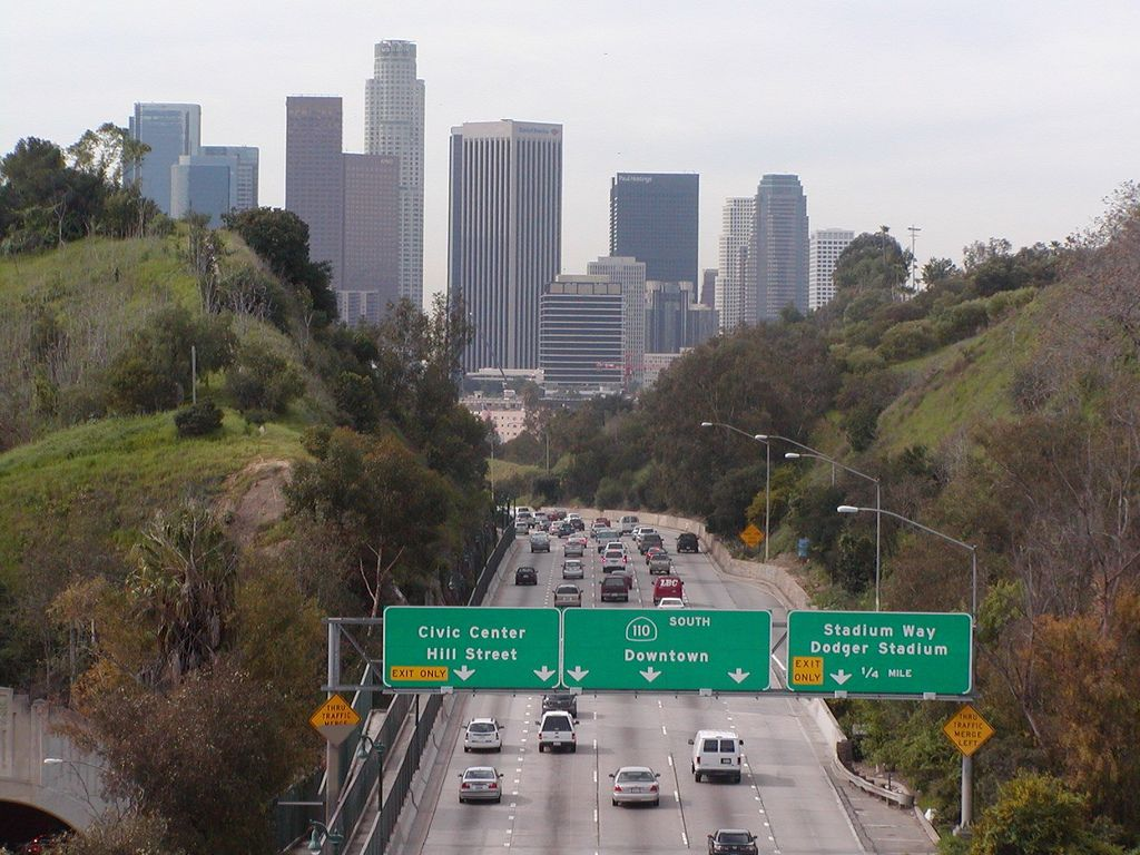 Lincoln Heights Los Angeles View For Downtown Los Angeles Skyline Skyscrapers And Overhead Sign Los Angeles Parks Los Angeles Skyline Downtown Los Angeles
