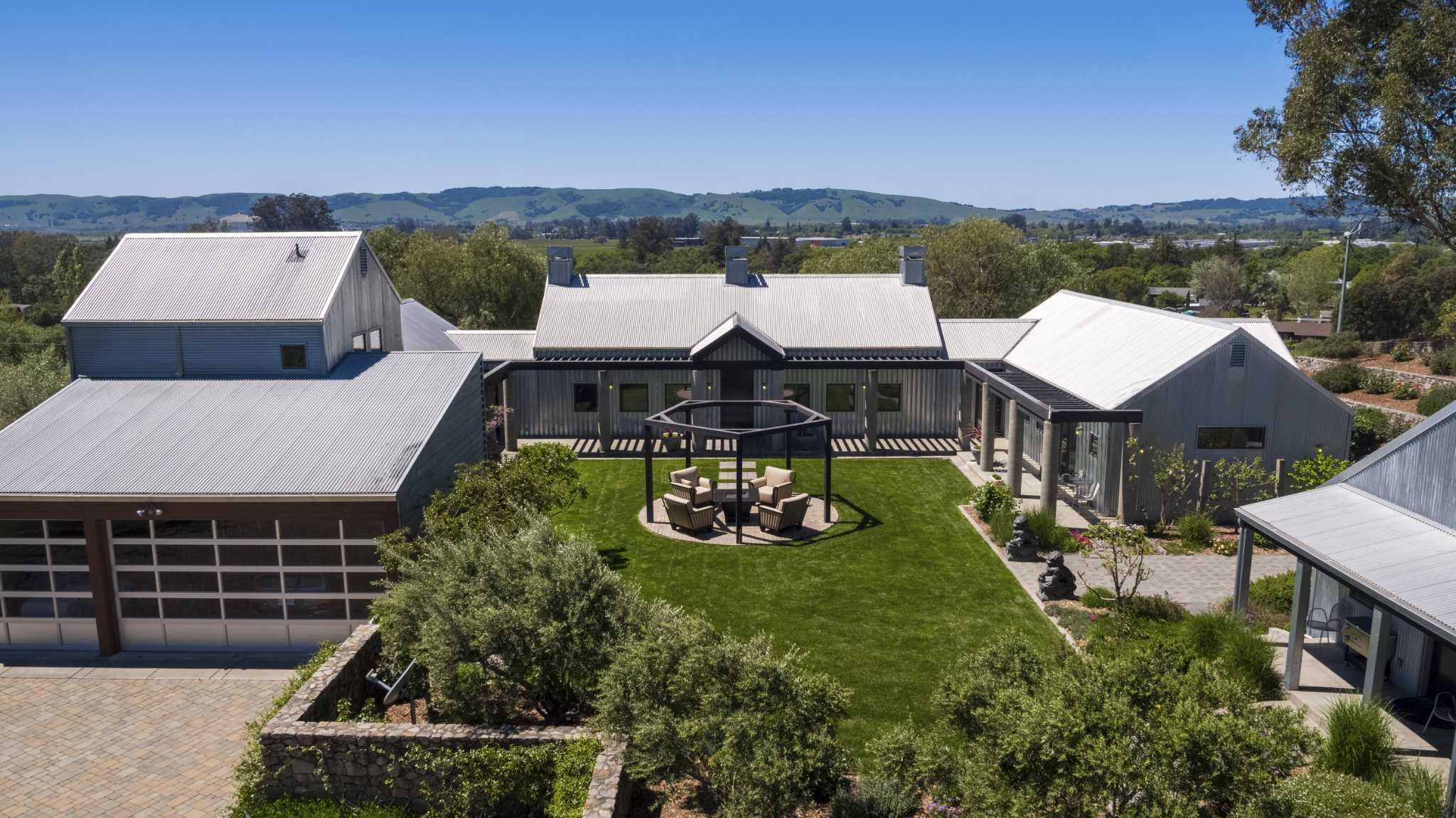 Walk Through Enticing Outdoor Spaces Highlight Wine Country