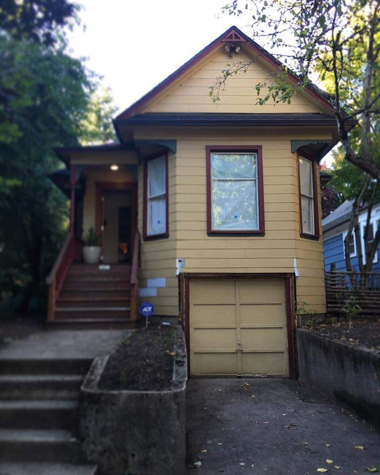 A Portland Victorian Aka Miss Vicky Gets An Update Inside Out Apartamentos Vicky