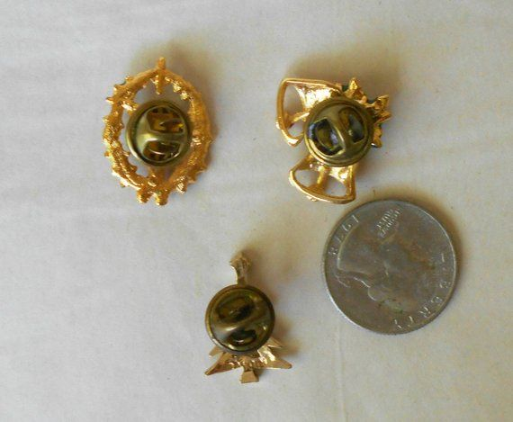 cc56dd45d236b Vintage Christmas Pins lapel collar enameled THREE + bonus Back to ...