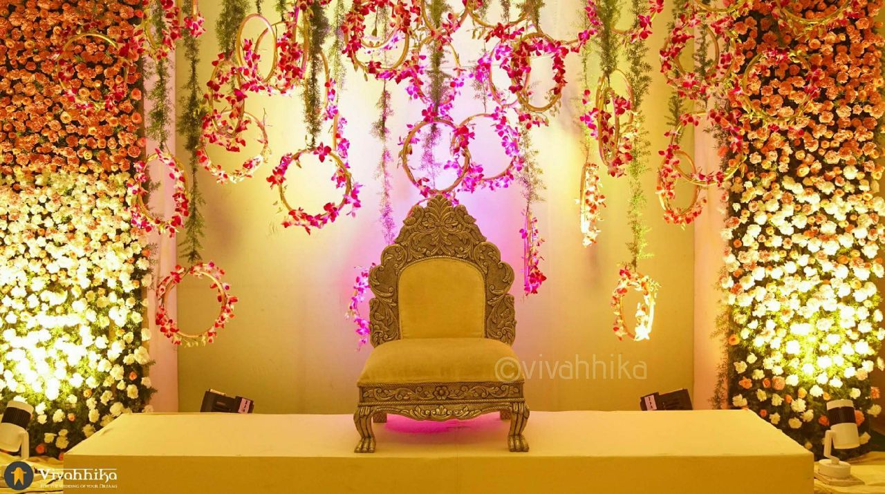 Southindianbride Thebride Wedding Weddingmoment Indianbride Indiangroom Southindianwedding Instagram Inst Wedding Stage Decorations Marriage Decoration