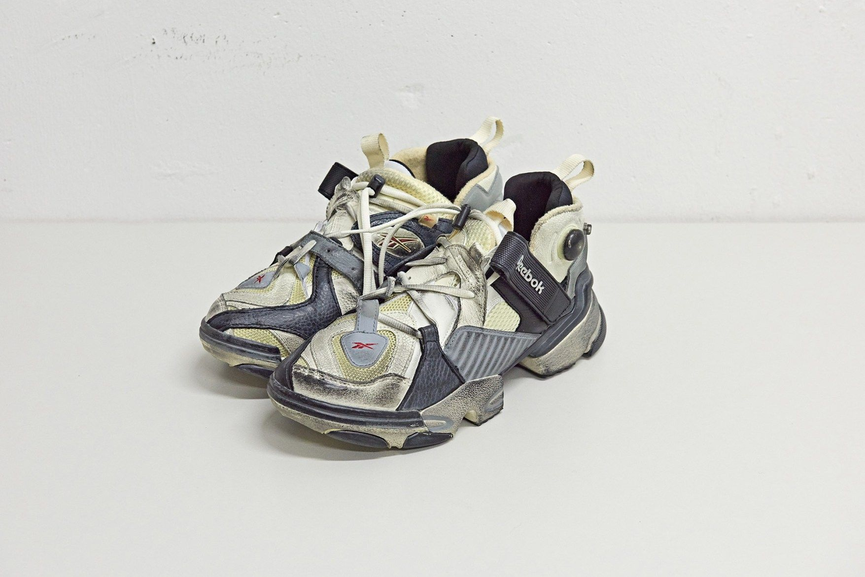75cd9b52576161 2018 vetements reebok genetically modified pump 10 corso como korea  exclusive