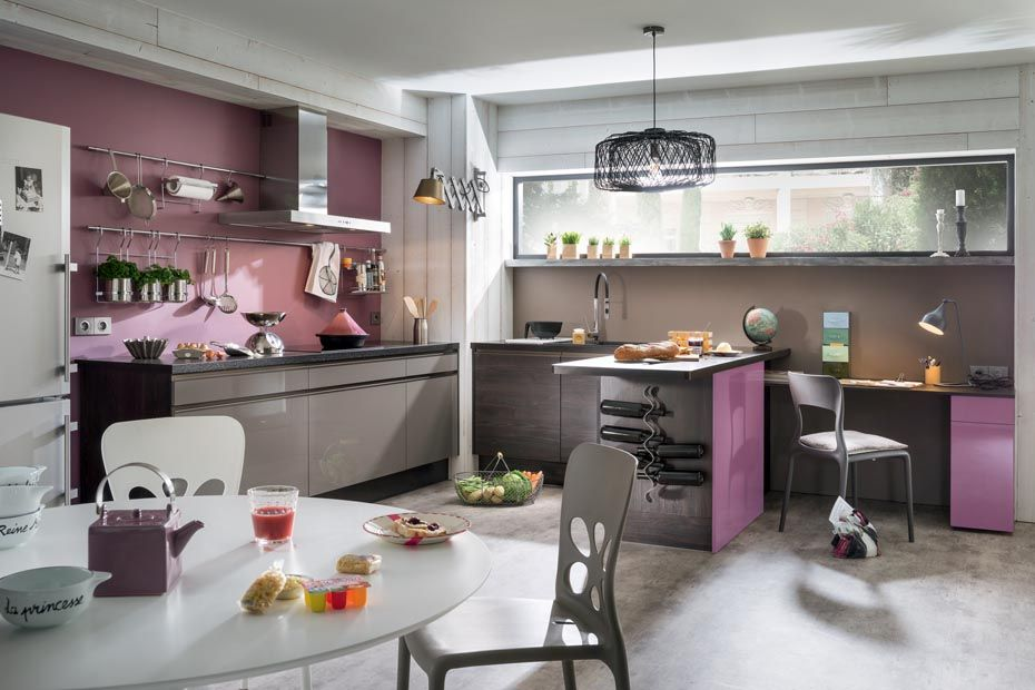 Jasmine cuisine a table kitchen table et cuisine - Cuisine taupe brillant ...