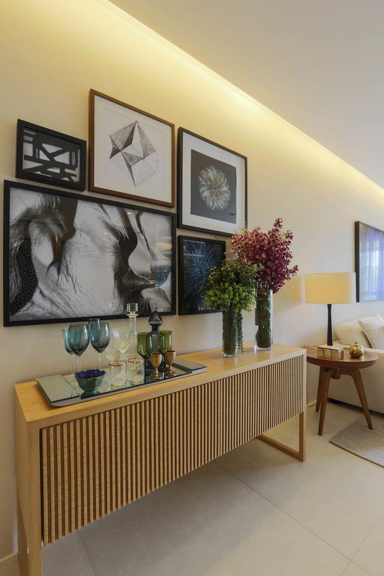 Buffet composi o de quadros decora o sala estar for Aparadores altos modernos