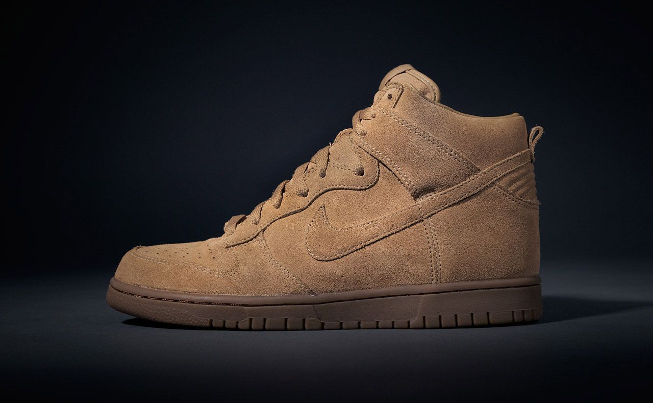 finest selection 4fc89 b69cb APC x Nike Dunk High and Air Maxim 1
