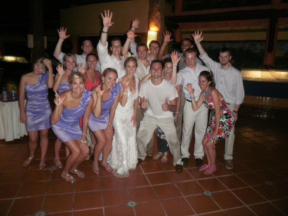 A whole bunch of Baylor Bears at a destination wedding in Mexico. Sic 'em! (via @mcarroll40)