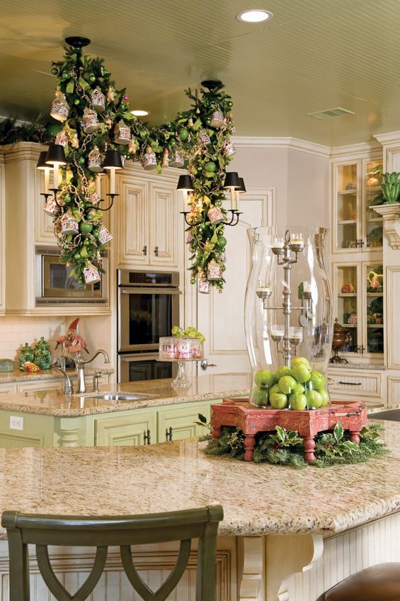 Die Küche ist der zentrale und wichtigste Raum im Haus, wo sich die