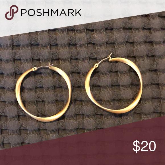 Lia Sophia Twix Earrings In excellent condition! Lia Sophia Jewelry Earrings