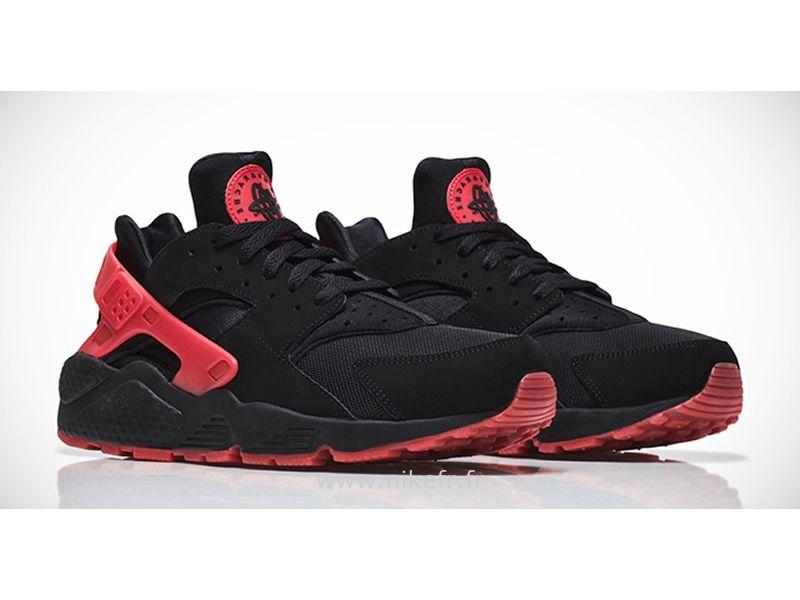 the latest 60c33 5be20 Nike Air Huarache hassent noir et rouge Love  Hate QS chaussures couple-Homme  Huarache Noire Homme