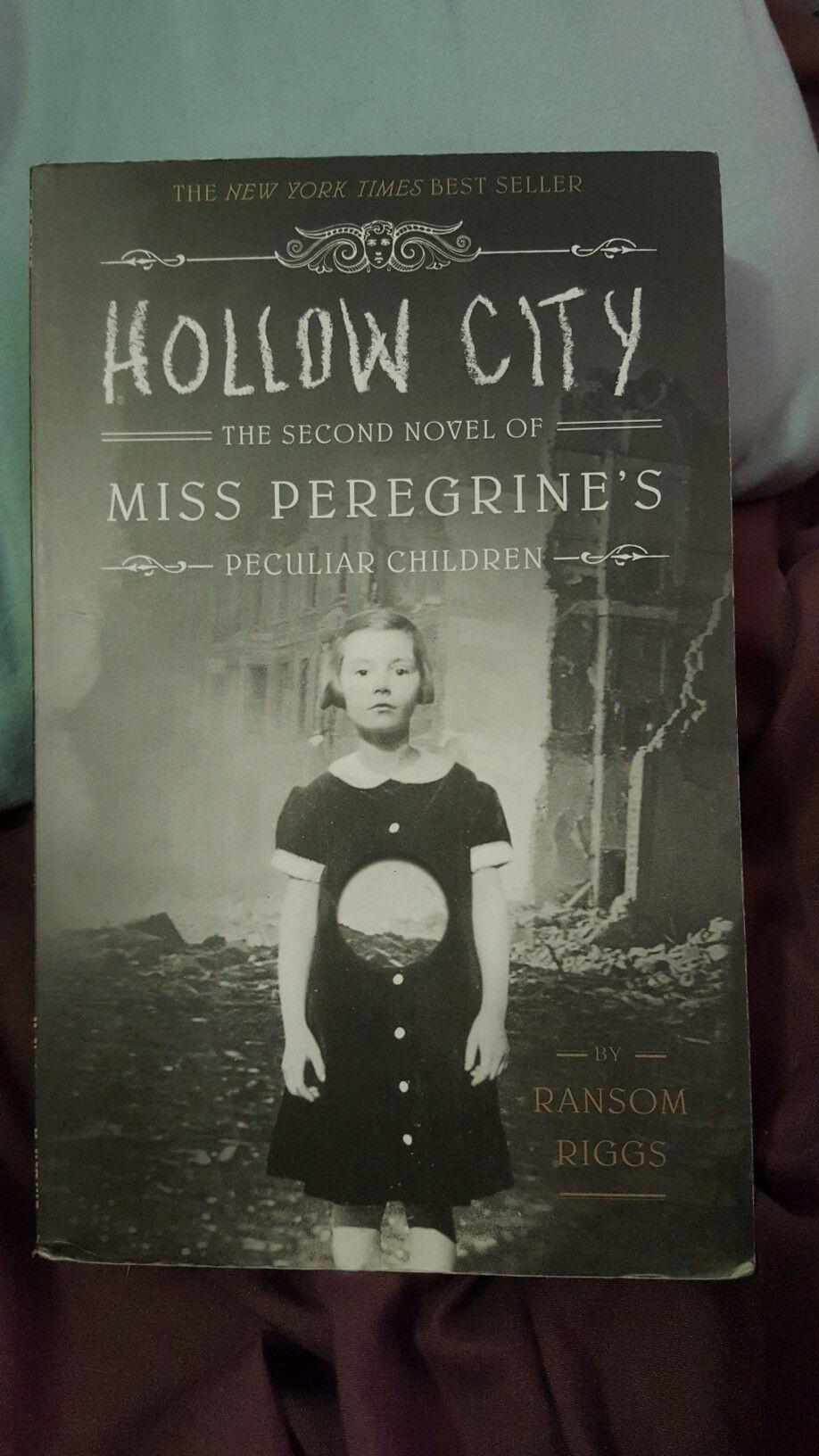 Ransom Riggs Hollow City Miss Peregrine S Peculiar Children 2 Paperback New Peculiar Children Book Miss Peregrine S Peculiar Children Good Books
