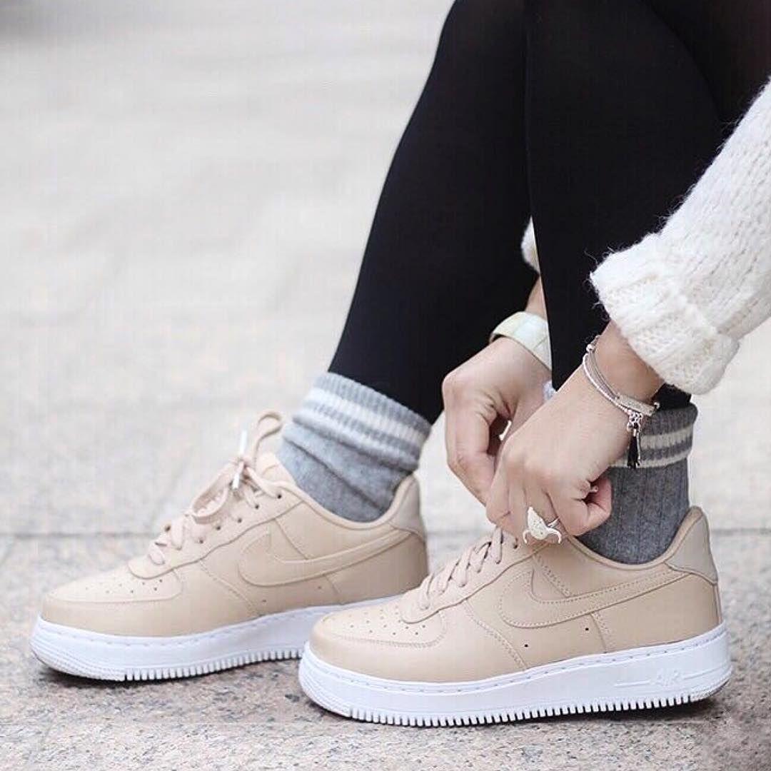 Recherchez nike air force sur ASOS. Shoppez plus de 70 000 styles, dont nike  air force. Découvrez les dernières tendances de la mode femme et homme.