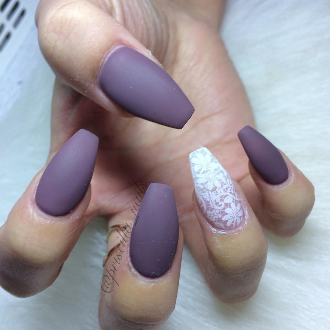 Purple Nail Designs For Prom: Matte Grayish Purple + White Lace Coffin Nails #nail
