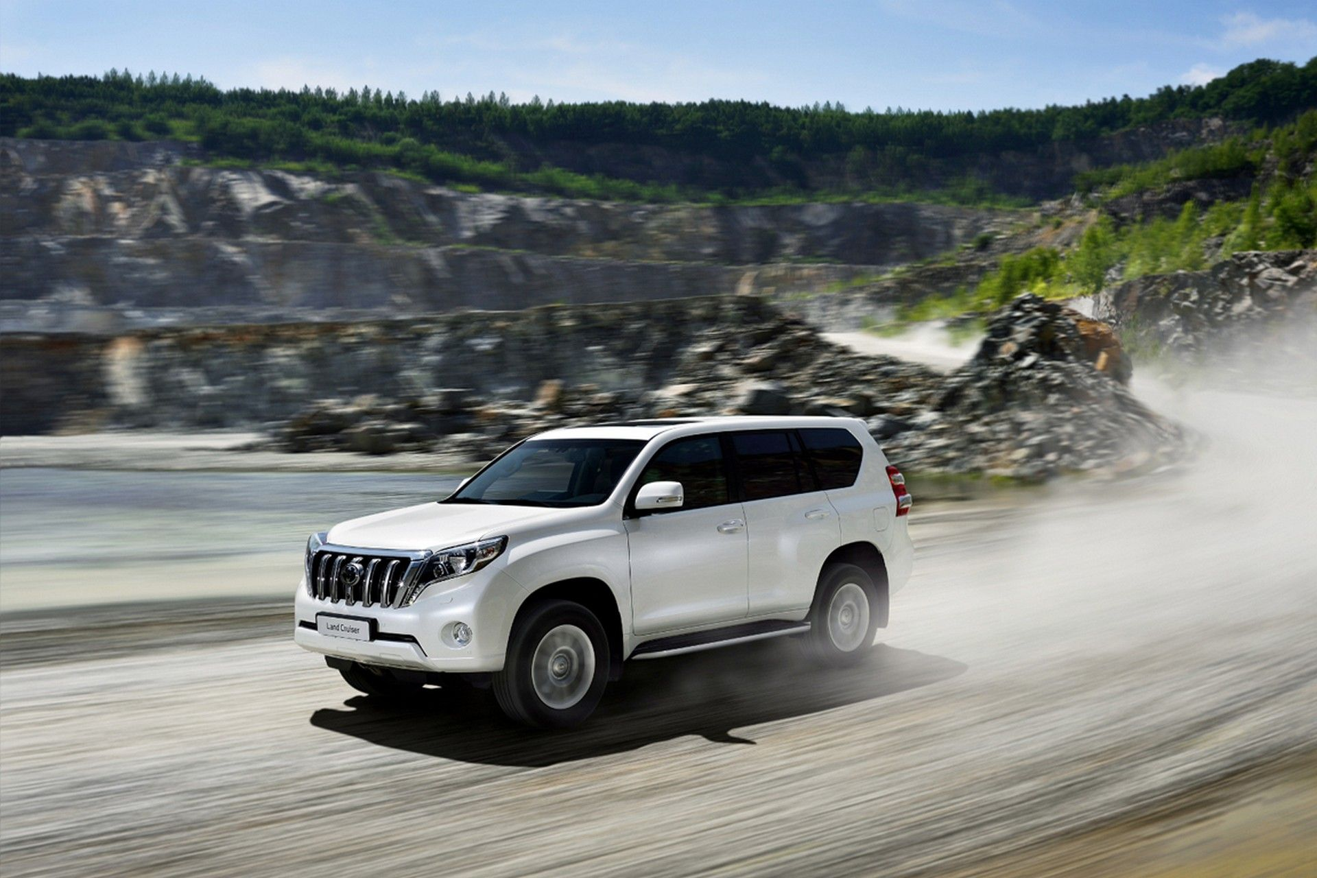 2020 Toyota Prado Redesign In Connection To Mid Sized Suvs