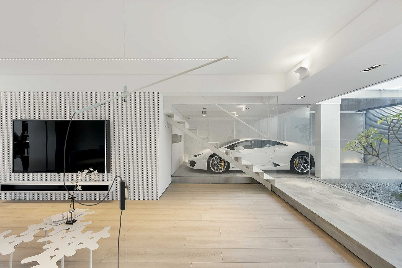 This Dream Urban House In Hong Kong Has A Glorious Transparent Garage Garage Design House Design Modern House