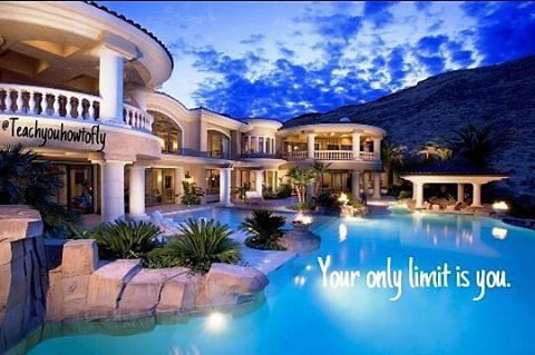 Who's all the way up right now?☝🆙 Follow me for more motivation, During long nights, you will surely need some of it😉  #AllthewayUp #youronlylimitisyou #luxuryhome #dreams #motivationalquotes