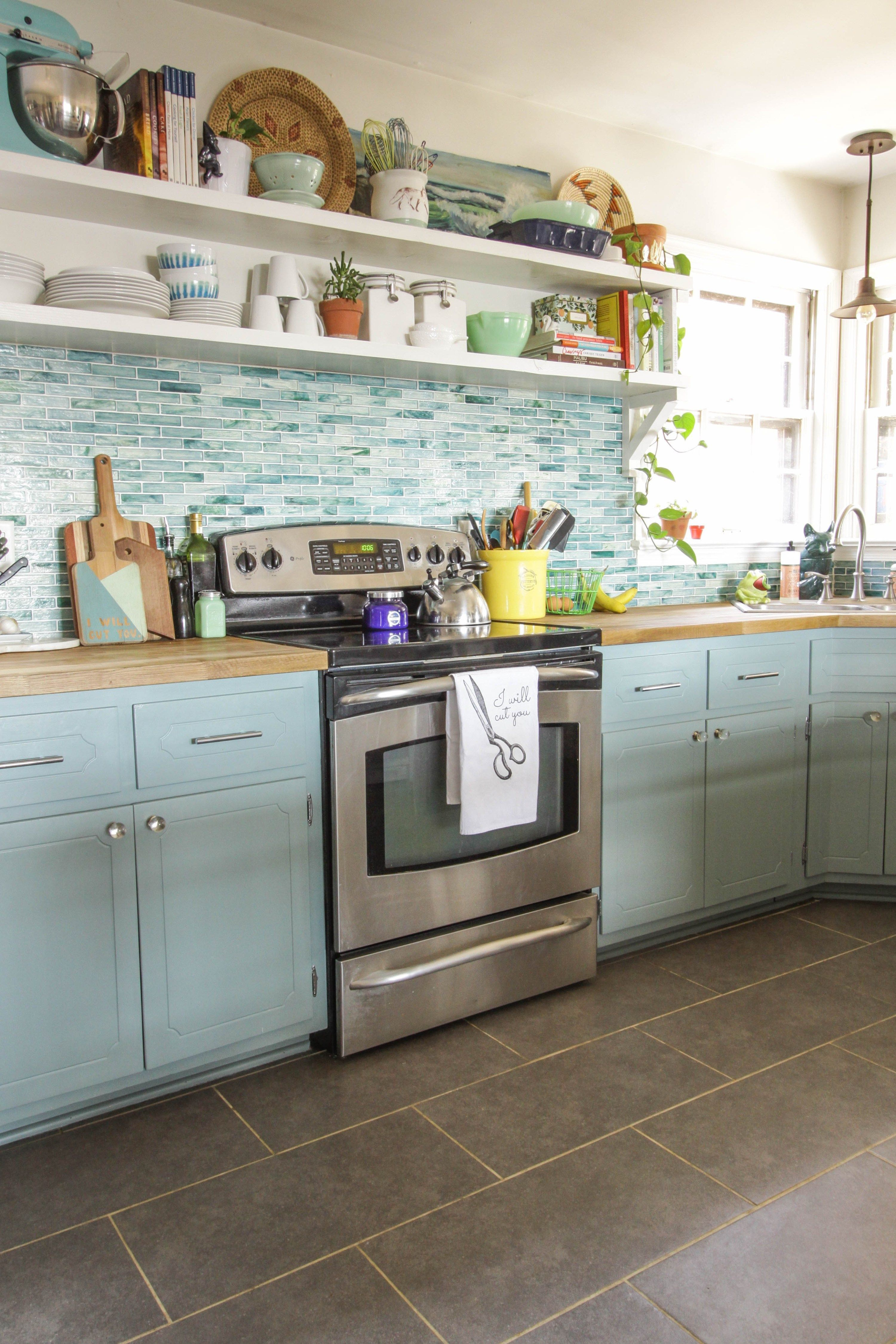 Find Other Ideas Kitchen Countertops Remodeling On A Budget Small Kitchen Remodeling Layout Ideas Kitchen Remodel Small Budget Kitchen Remodel Kitchen Remodel