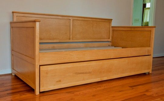 How Long Is A Twin Xl Bed Daybed Maple Beyond Interiors