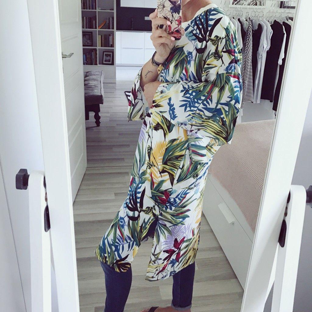 Narzutka Damska Typu Kimono W Kwiaty Na Suwak Wybrane Dla Ciebie Kwiaty I Moda