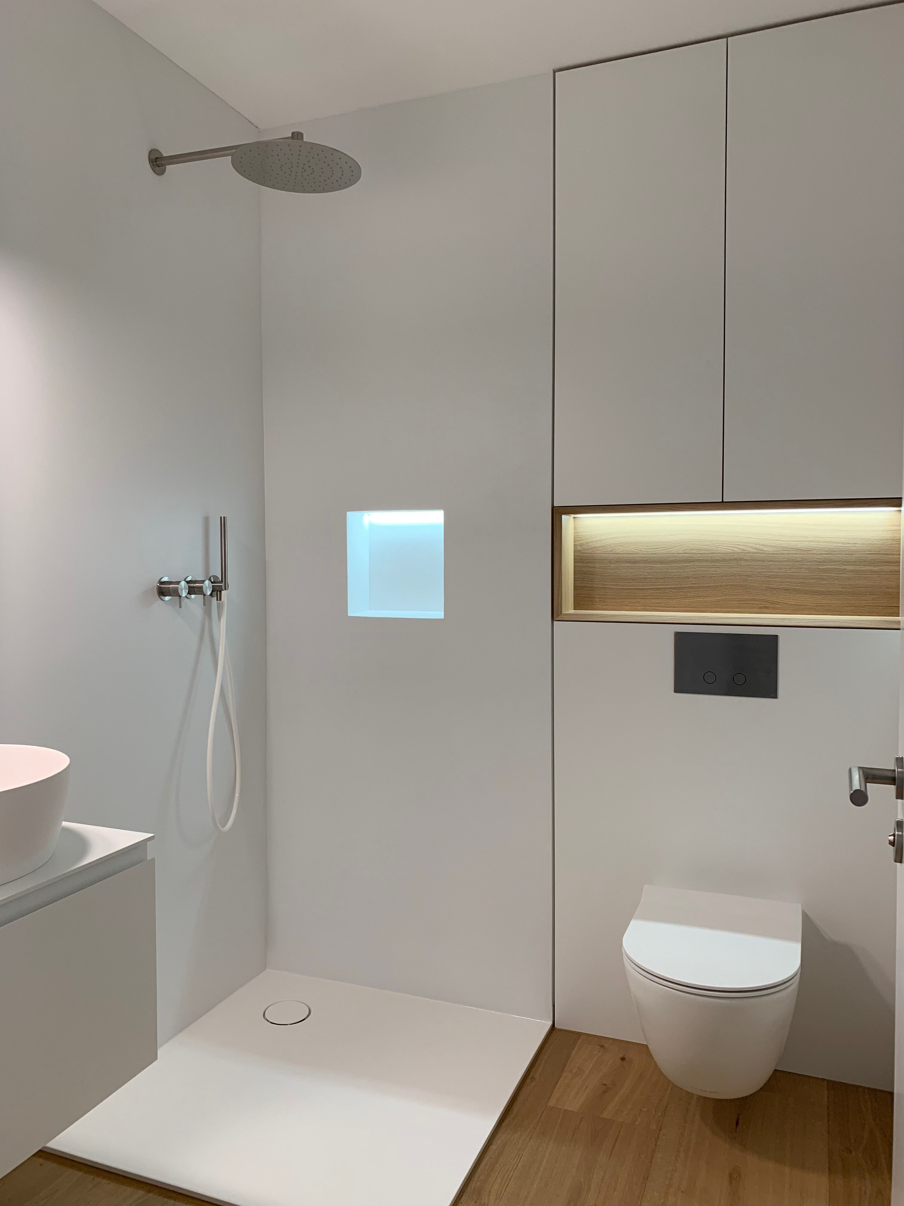 Umbau Innenarchitektur Privat By Room42 Ch Minimalistische Badgestaltung Minimalistisches Badezimmer Bad Styling