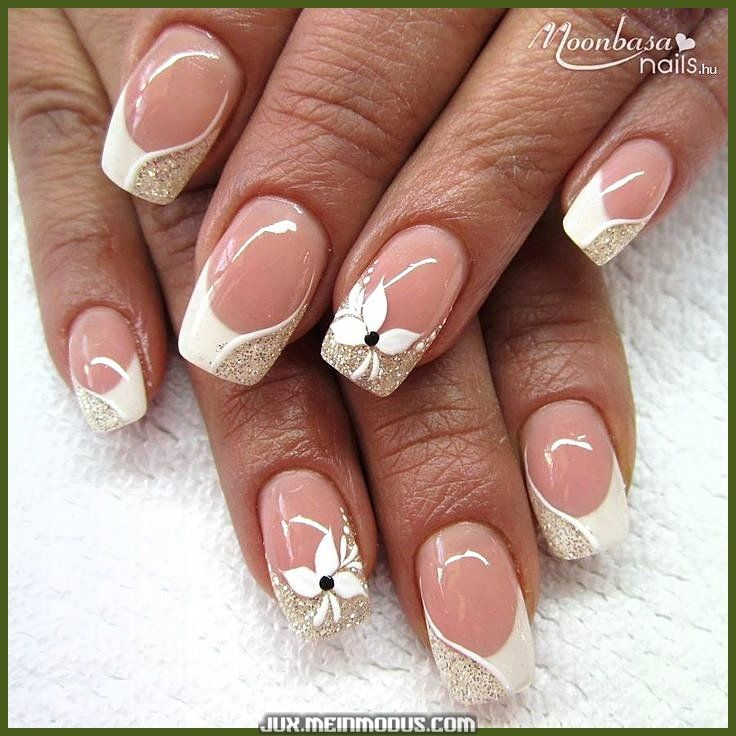 nagel goud #nails #nagel Unique and creative Beautiful French nails with white and gold - Unique and creative Beautiful French nails with white and gold #franzosische #nail #lovely - #beautiful #creative #french #frenchnails #frenchnailssquare #Gold #nails #shortfakenails #unique #white