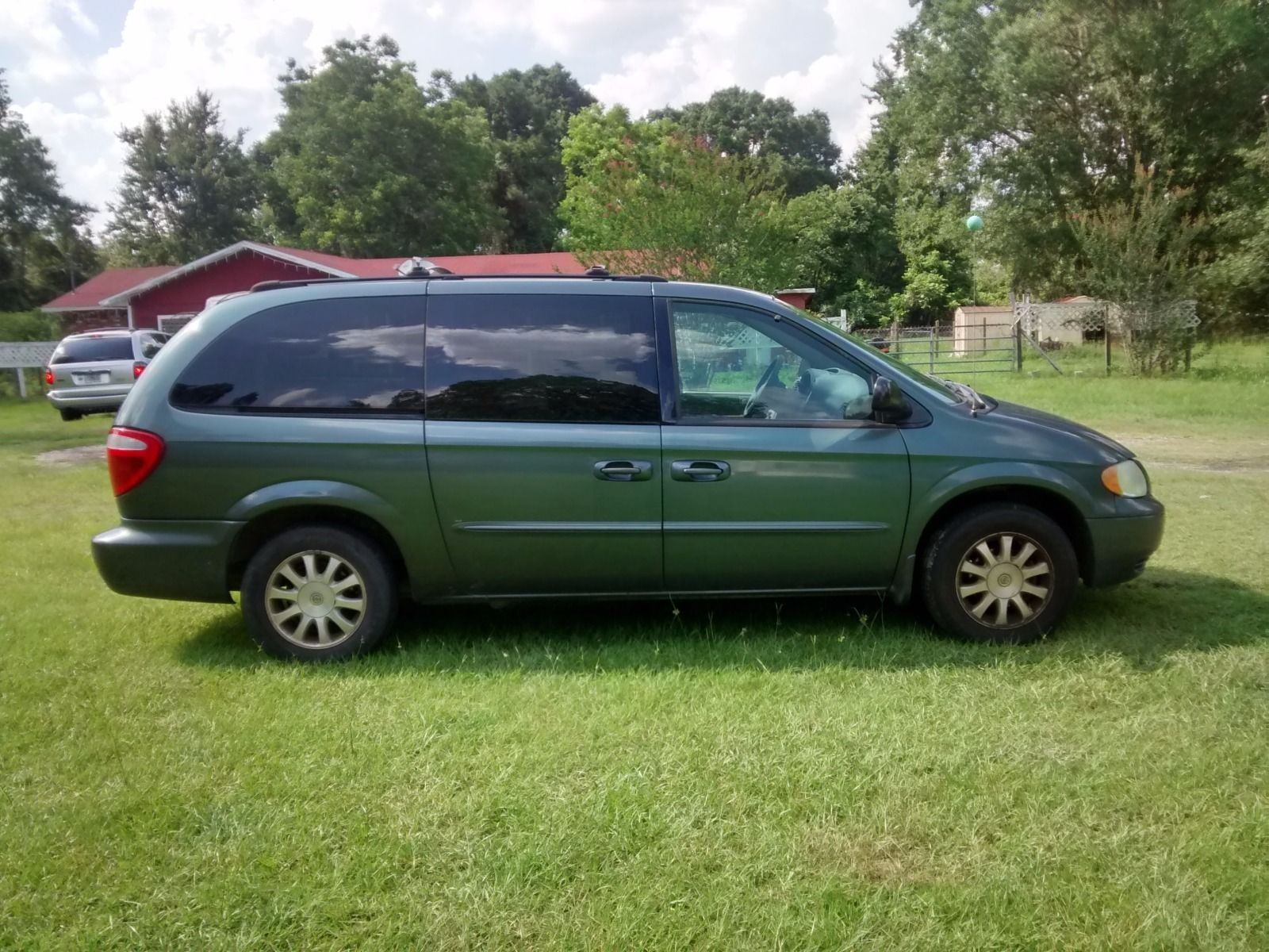 Car Brand Auctioned Chrysler Town Country Lx 2003 Car Model