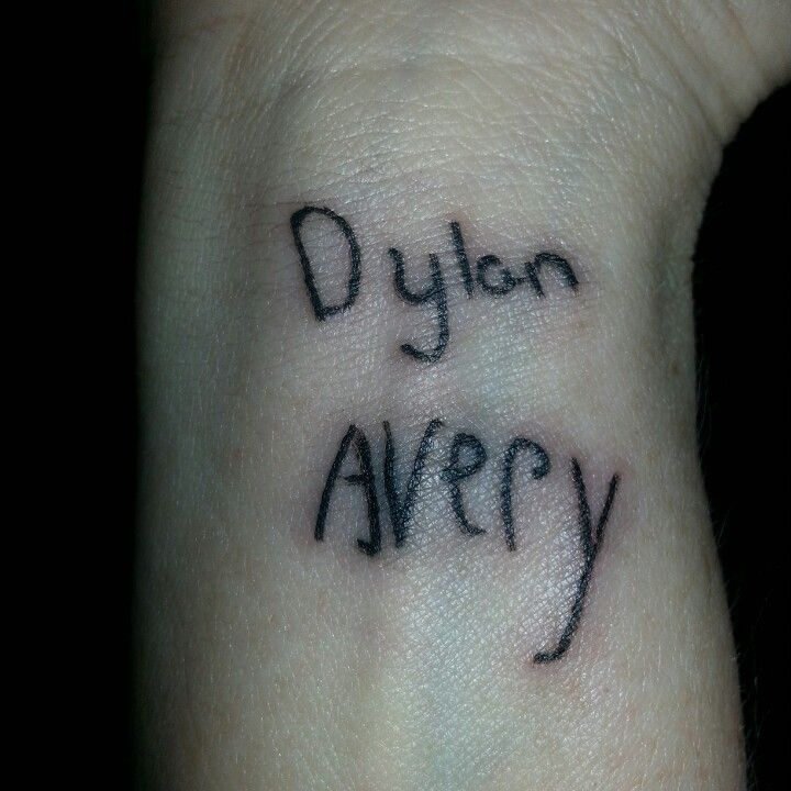 name tattoo on wrist in kids 39 handwriting dylan avery nametat name tattoos pinterest. Black Bedroom Furniture Sets. Home Design Ideas