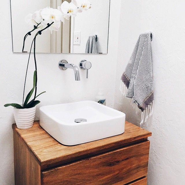 Vanity, Modern Sink