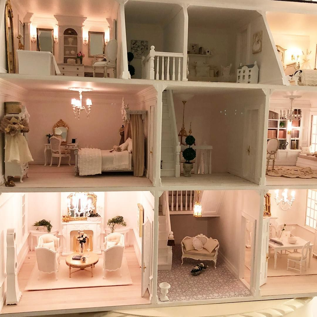 I Still Haven T Finished My Dollhouse I Finished The Stairs But I Still Need To Install More Lights And Hang The Front Doors An Doll House Barbie House House