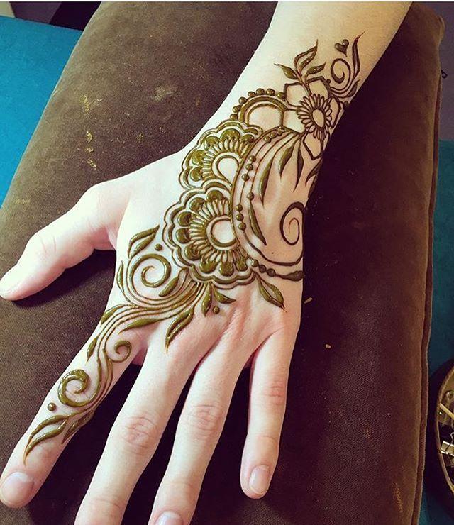 Instagram post by henna designs photography  feb at am utc beautiful arabic also best mehndi images mandalas patterns rh pinterest