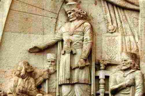 رحلة إلي الماضي ذو الأكتاف شبكة عرب ميديا In 2020 Greek Statue Statue Art