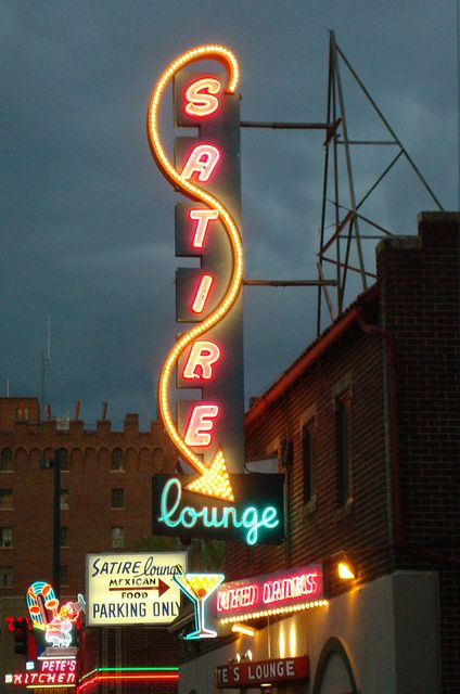 Satire Lounge Vintage Neon Signs Cool Neon Signs Neon Signs