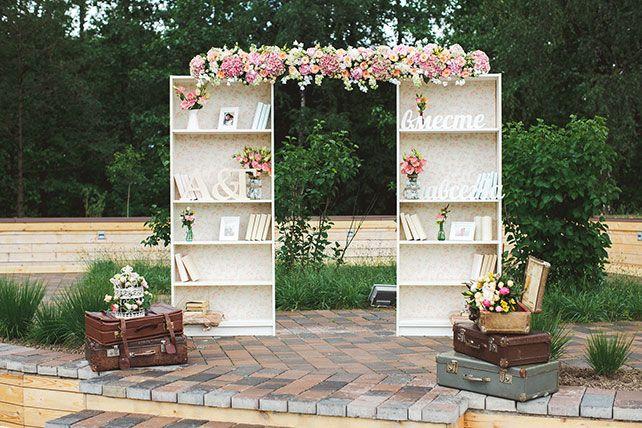 Милая летняя свадьба, свадебная арка