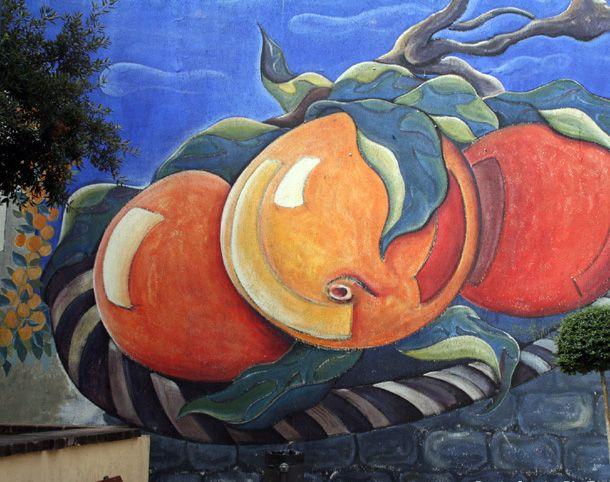 Murales a #Muravera - #Arance di Muravera #Sardegna Murale na - murales con fotos