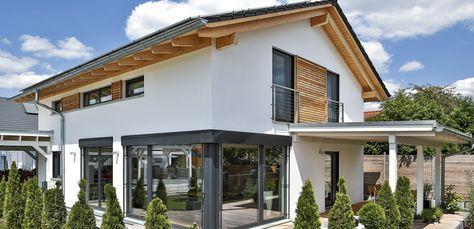 sch nes einfamilienhaus mit erh htem kniestock hausbau pinterest haus haus bauen und. Black Bedroom Furniture Sets. Home Design Ideas