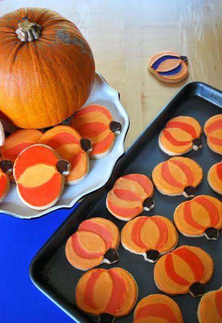 Halloween pumpkin decorated cookies For recipe and detailed - halloween pumpkin cookies decorating