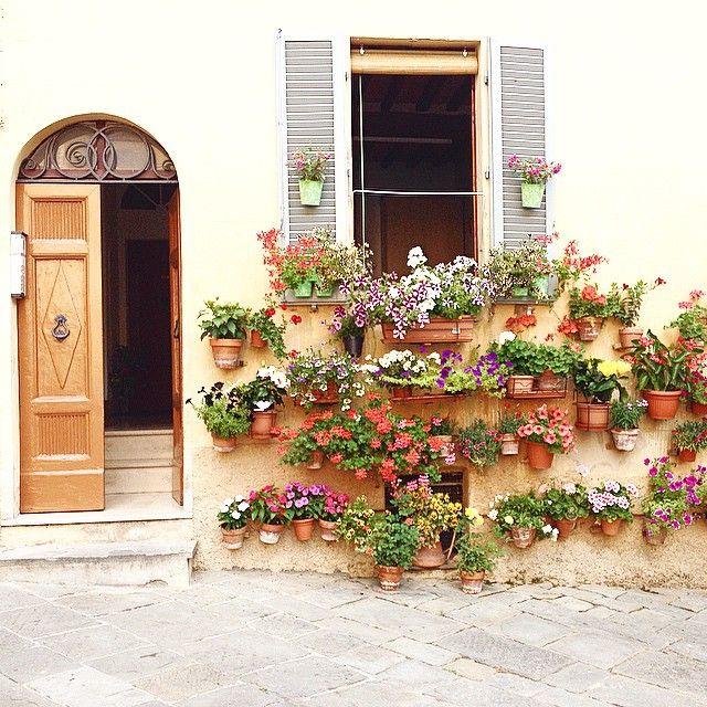 Mia Bella Italia — tuscanygram:   Angoli d'incanto  #Siena | by...