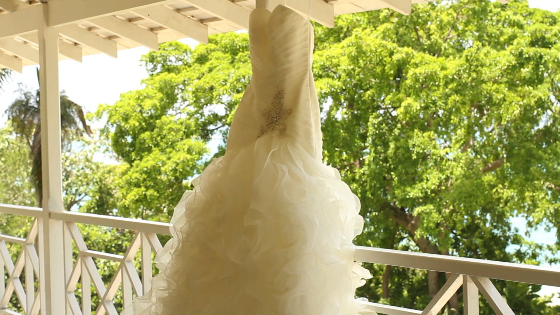 #bride #dress #paradise #jamaica