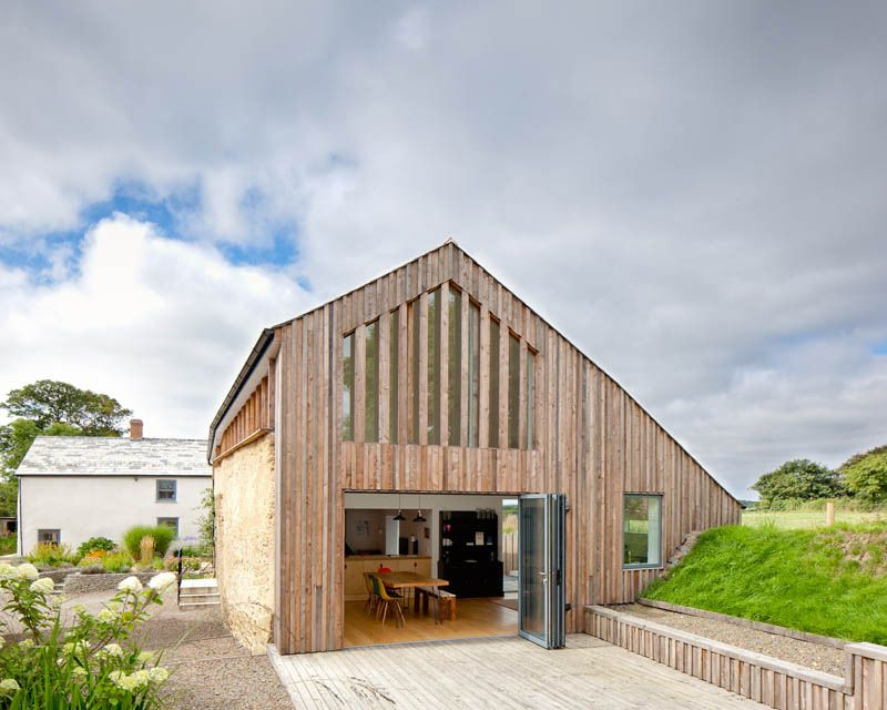 venn-farm.co.uk | Barn renovation, Luxury barn, Holiday ...