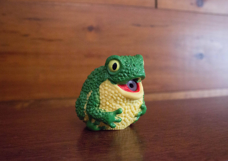 Vintage Russ Frog Round Water Squirter Toy / Bath Toy | Pinterest ...