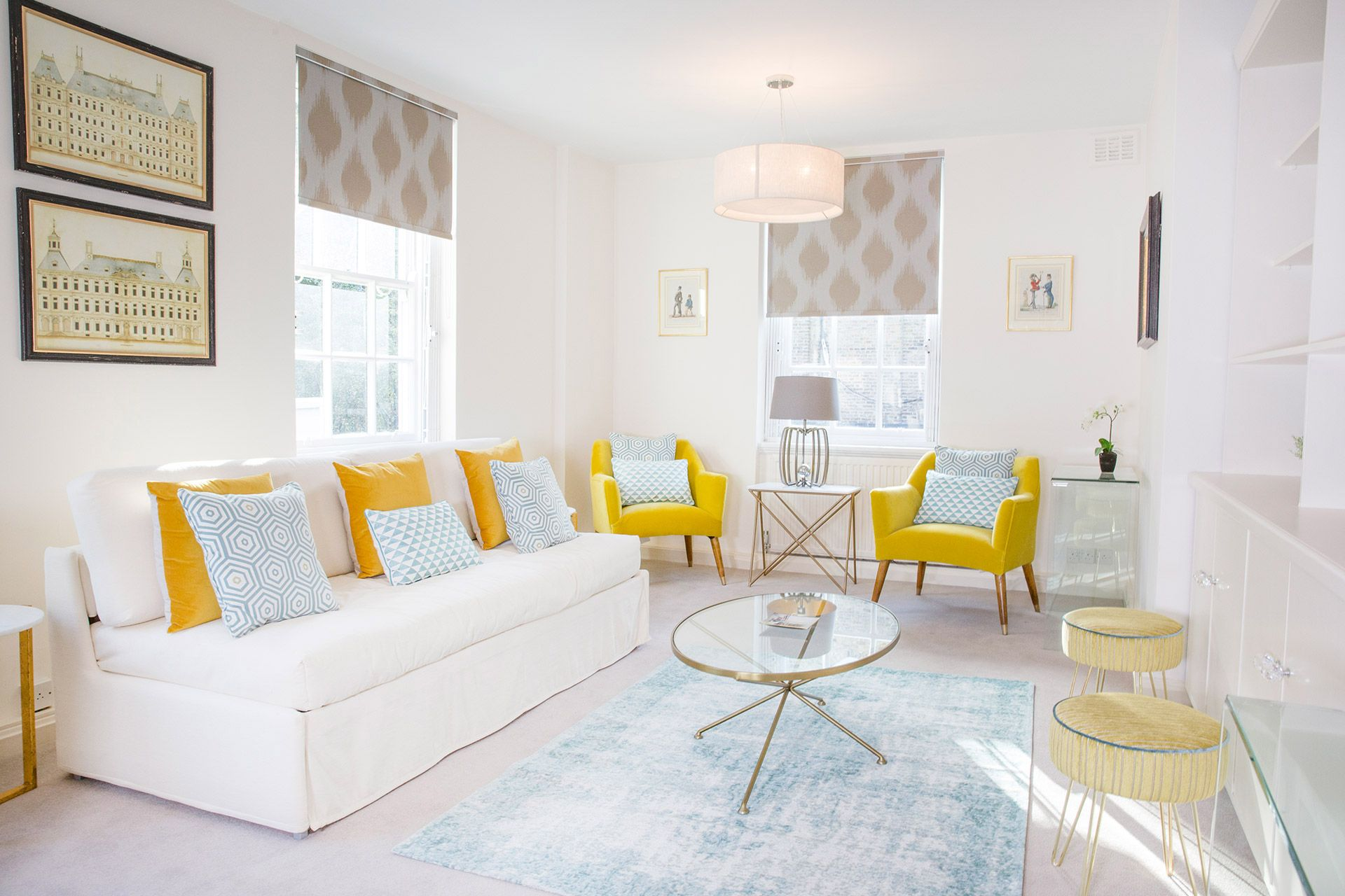 Take advantage of the huge last-minute savings on our London vacation rentals with our January sales, and book a London Perfect getaway for the New Year.  #visitlondon #londonvacationrental #wintersales #januarysavings #londongetaway #londonholiday