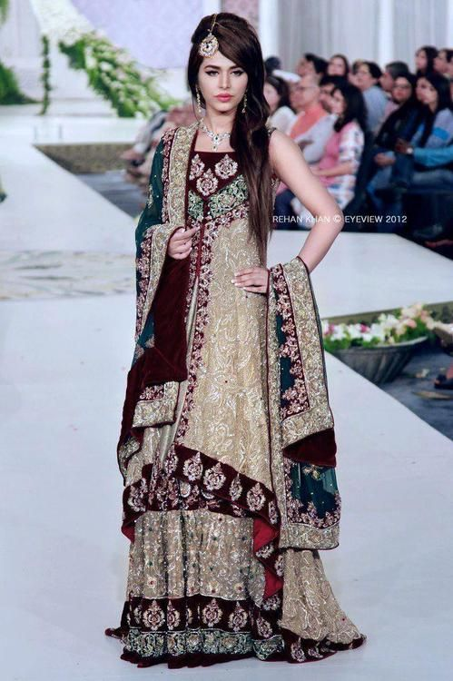 100 Pakistani Bridal Dresses 2018 For Wedding Parties 8: Pakistani Bridal Couture 100%!!!
