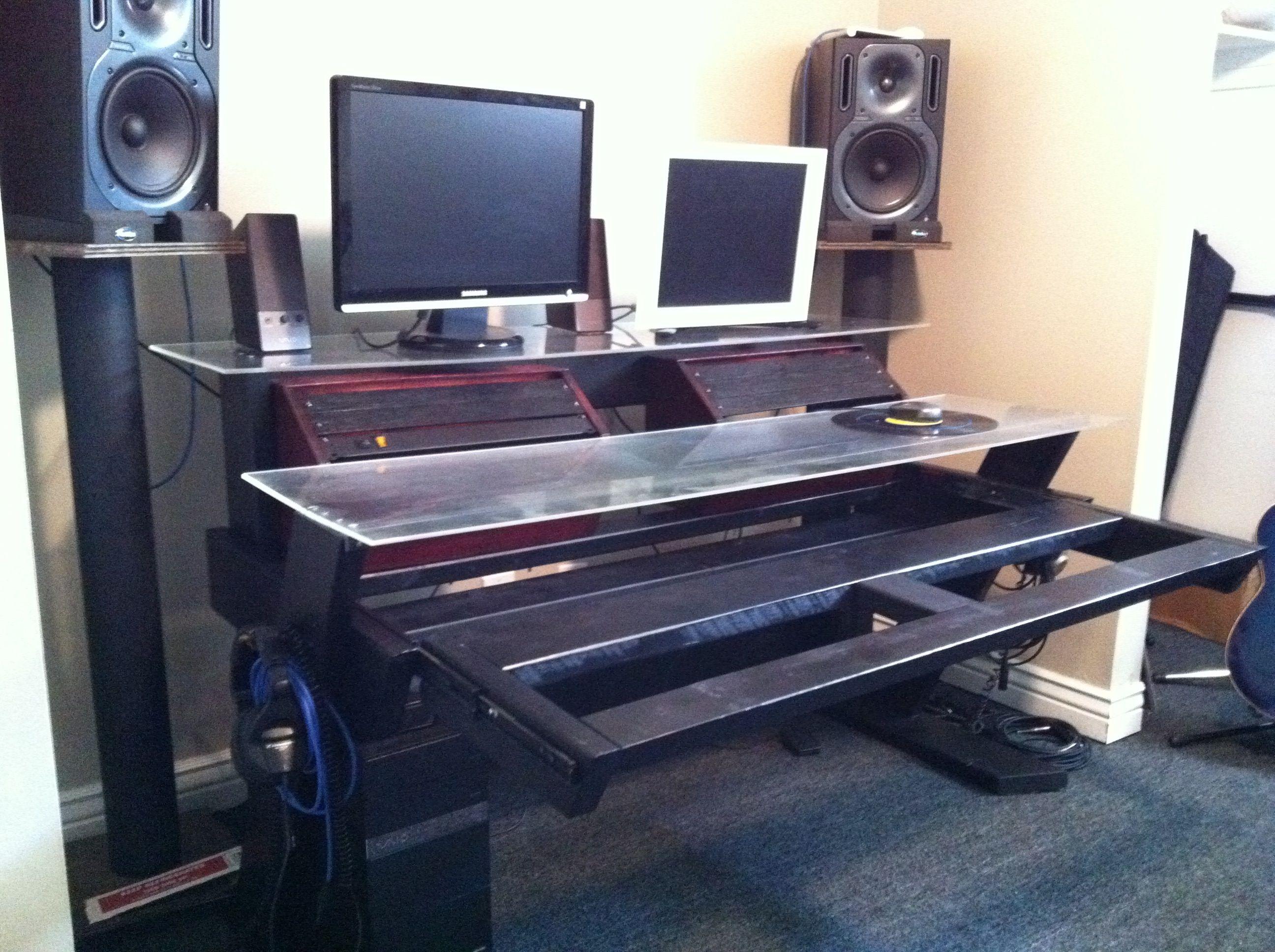 Office Chair Under 3000 Light Blue Covers Diy Studio Desk Keyboard Workstation Img 2304 Jpg