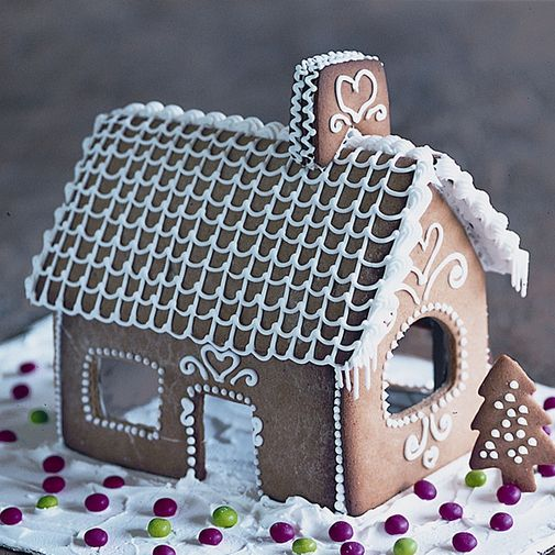 Open gingerbread house