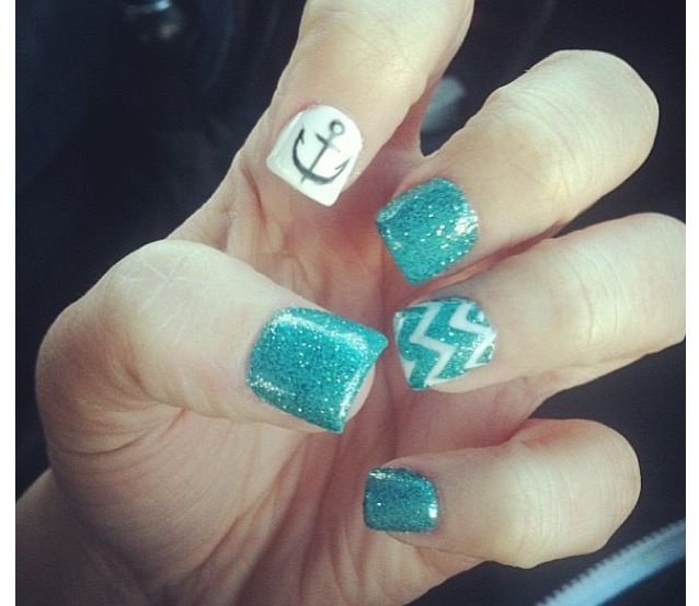 Sparkly blue with zig zag design anchor nails